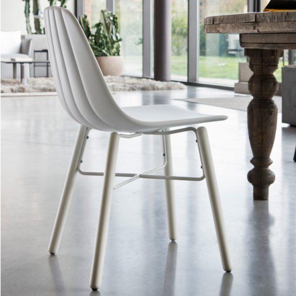 Jane Hamley Wells BABETTE_BABW_B modern café restaurant side chair molded polyurethane seat on wood legs with contrasting metal stretchers