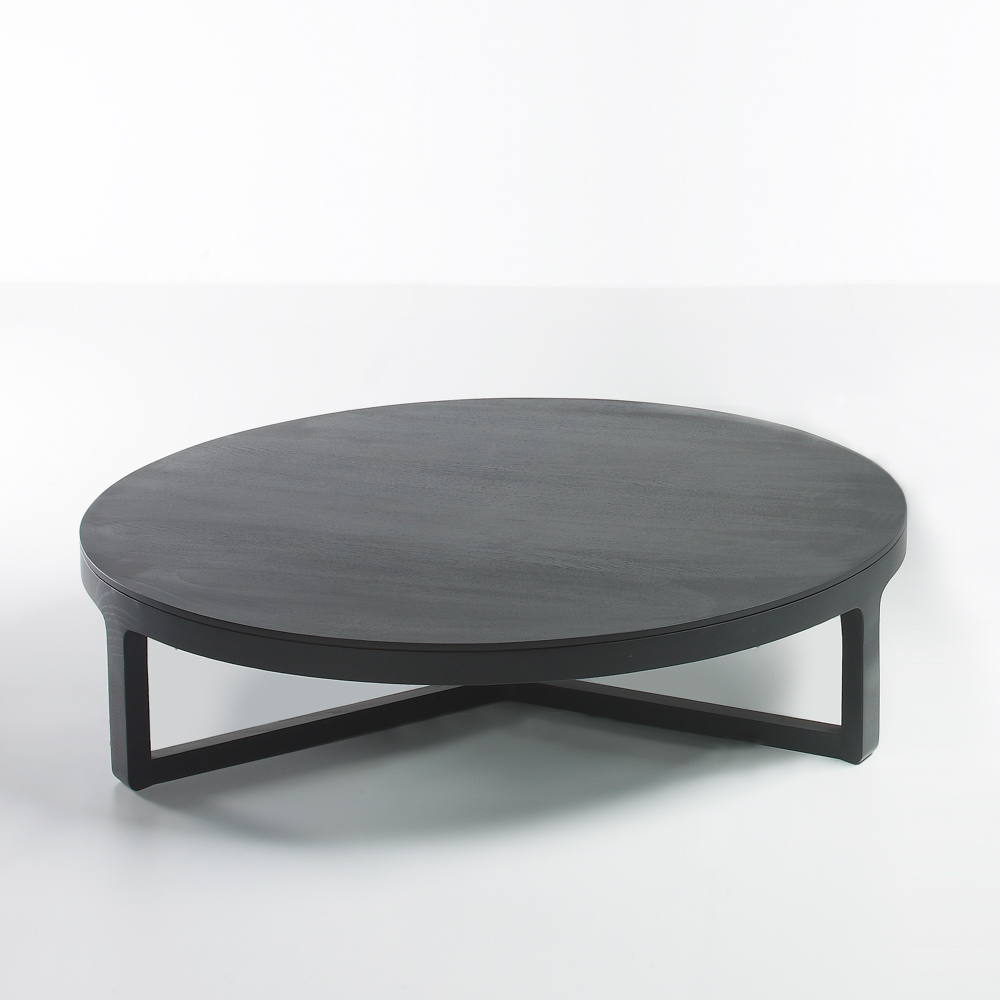 Black Oak Round Coffee Table: EMA Coffee Table, Large Round, Oak