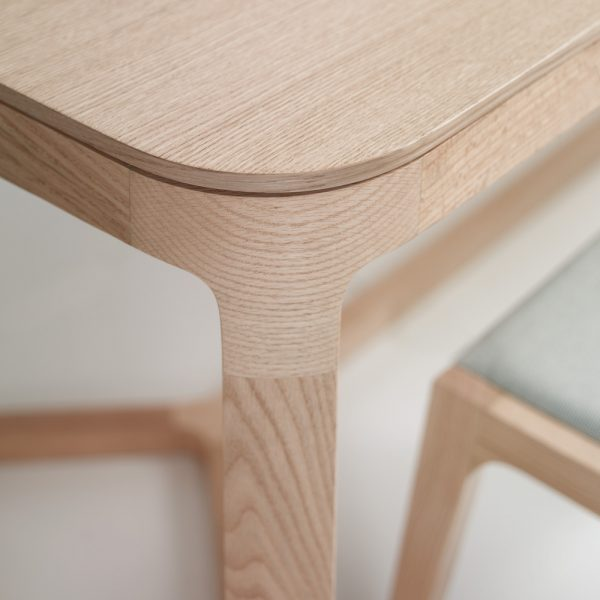 Jane Hamley Wells EMA_43-085_43-091 modern rectangle dining table wood detail_1