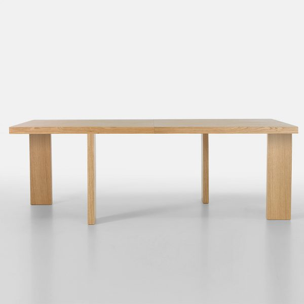 Jane Hamley Wells FREE_43-111_A modern extendable rectangle dining table wood