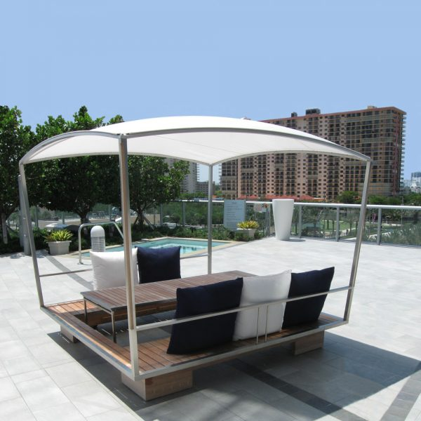 Jane Hamley Wells GAZE_GZ49 movable modern outdoor sun solar shade gazebo with table teak stainless steel lifestyle_2
