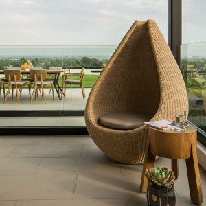 Jane Hamley Wells HOTSPOT_DSDHSHYEA modern indoor outdoor guest accent high back lounge chair lifestyle_1