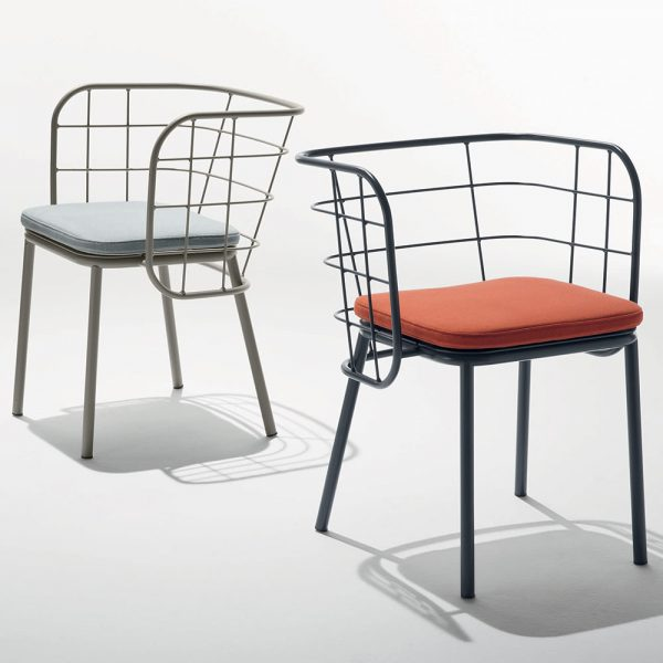 Jane Hamley Wells JULENE_JUJSP-A modern indoor outdoor dining armchair wire back with seat cushion powder-coated steel group_2