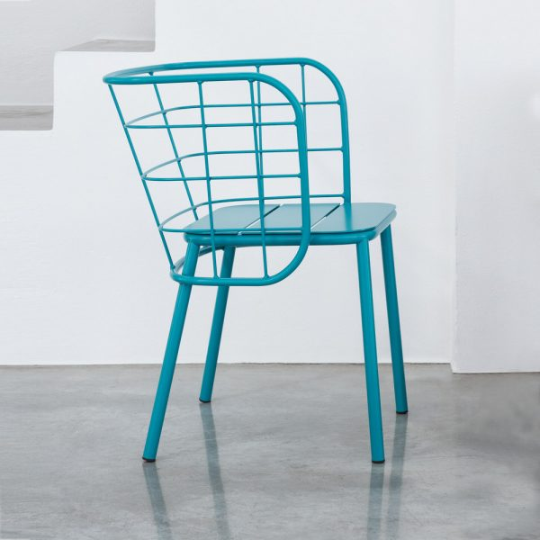 Jane Hamley Wells JULENE_JUJSP_A modern indoor outdoor dining armchair wire back with seat cushion powder-coated steel