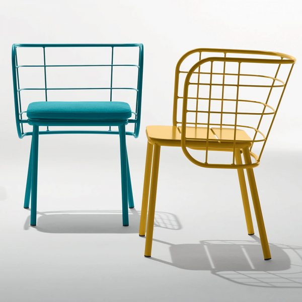 Jane Hamley Wells JULENE_JUJSP_JUJSP-A modern indoor outdoor dining armchair with seat cushion powder-coated steel group_1