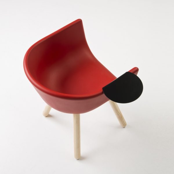 Jane Hamley Wells TULIP_SMALL-TABLE_B guest armchair with table polyurethane seat wood legs