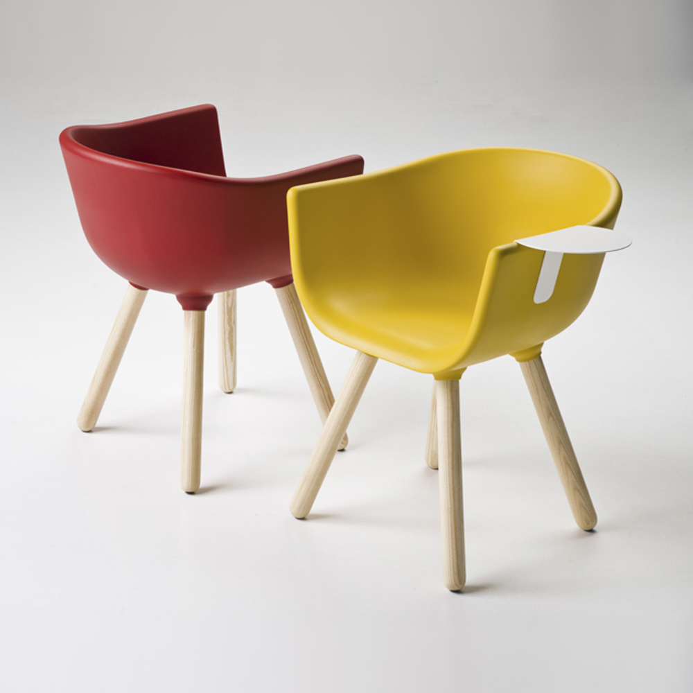 Jane Hamley Wells TULIP_SMALL-TABLE_C guest armchair with table polyurethane seat wood legs