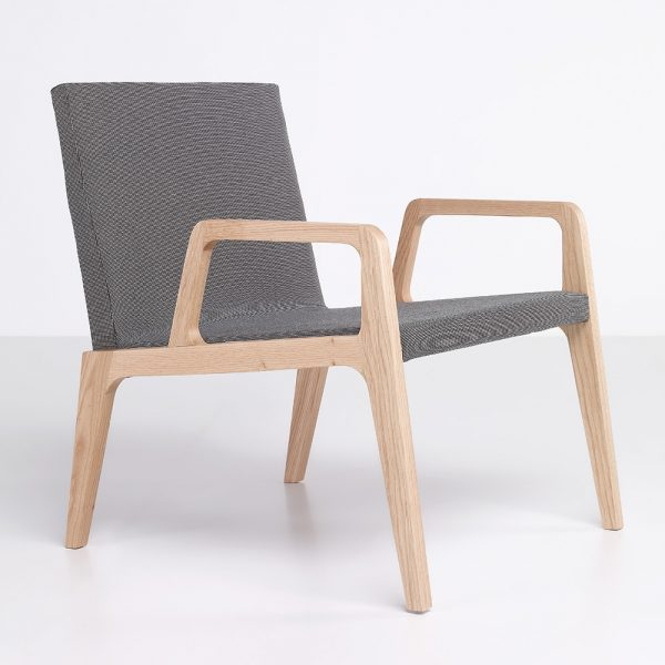 Jane Hamley Wells VIK_41-210_B modern upholstered lounge chair oak wood legs